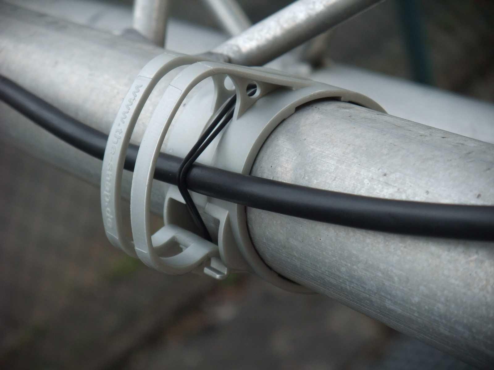 THE SNAP light Silber Kabel Halter für Truss Rohr + Gummi ...