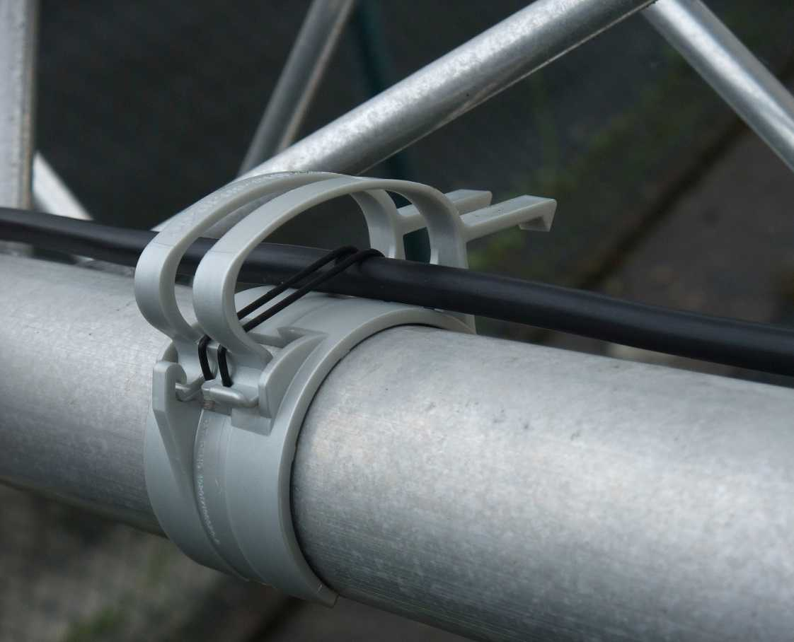 10x SNAP light Grau Kabel Halter Klammer Schelle für Traversen incl Gummiring